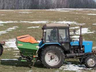 весенняя подкормка сельхозтехникой